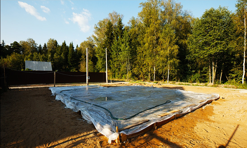 Укладка бетонной смеси в жару шлифовка бетона потолок